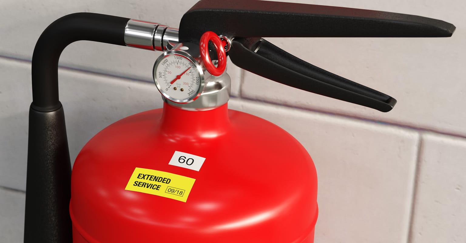 Naljepnica Brother P-touch na aparatu za gašenje požara
