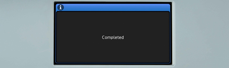 Dodirni zaslon na Brother višenamjenskom uređaju s porukom Završeno