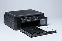 Crni tintni višenamjenski uređaj s izvućenom ladicom za papir_DCPT510W