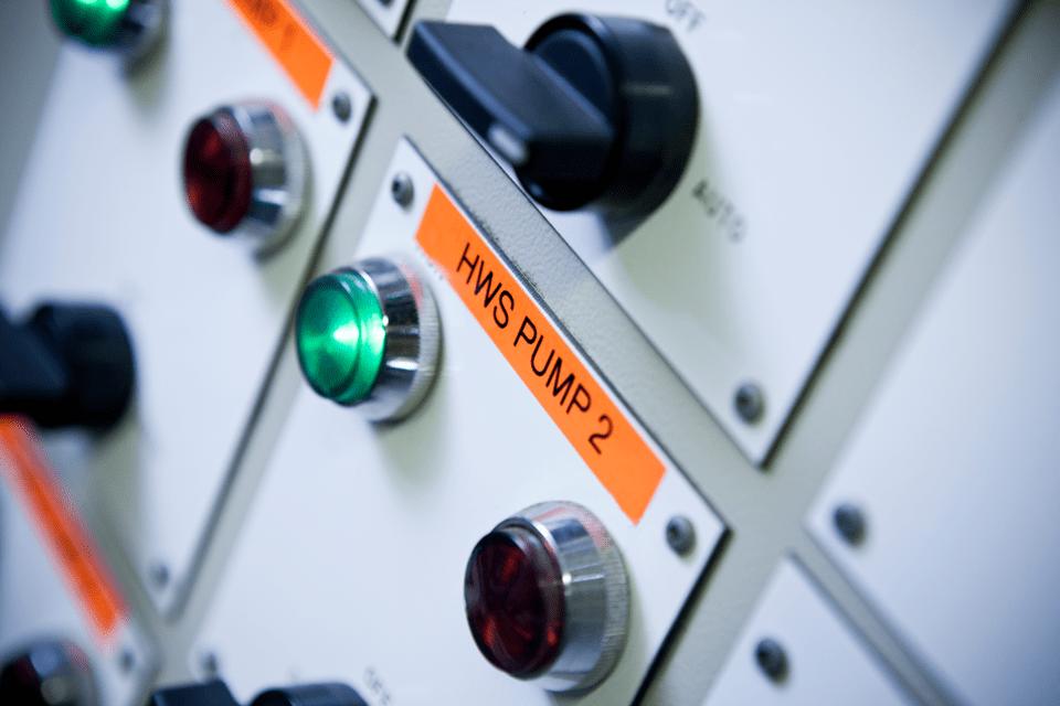 Originalna Brother TZe-B51 kaseta s trakom za označavanje 4