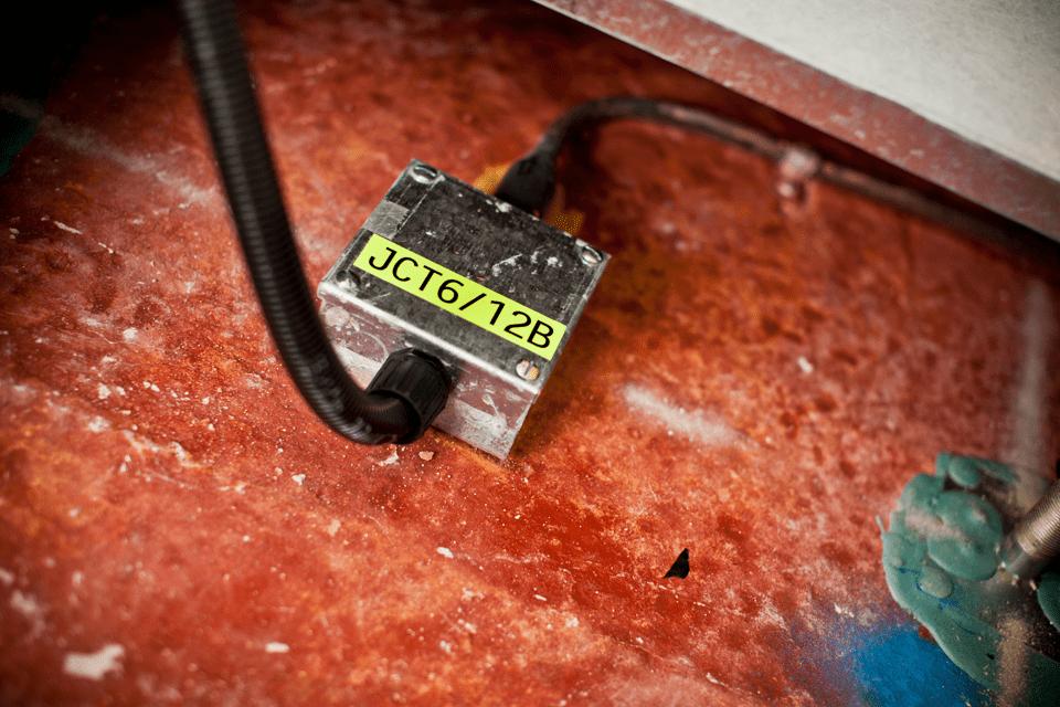 Originalna Brother TZe-C31 kaseta s trakom za označavanje 4